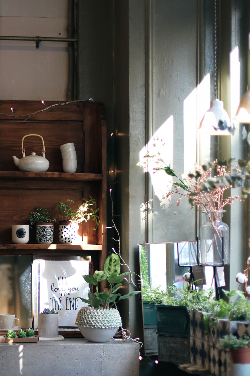 les fleurs acte ii moodfeather. Black Bedroom Furniture Sets. Home Design Ideas