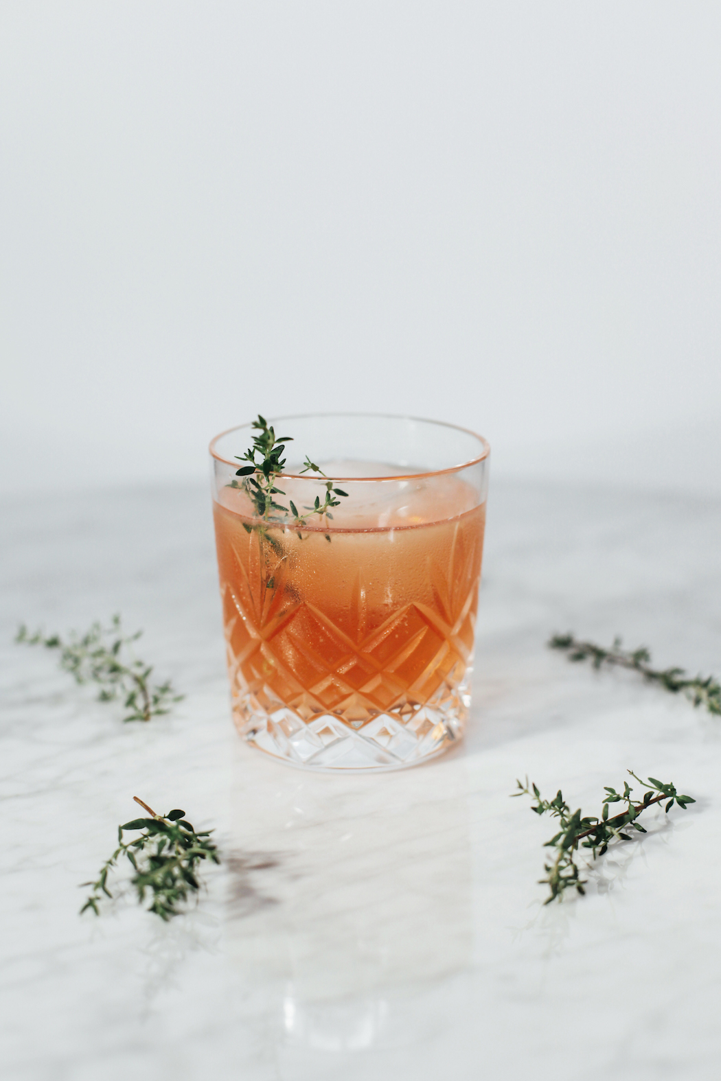 cocktail-thym-grenade-moodfeather-2
