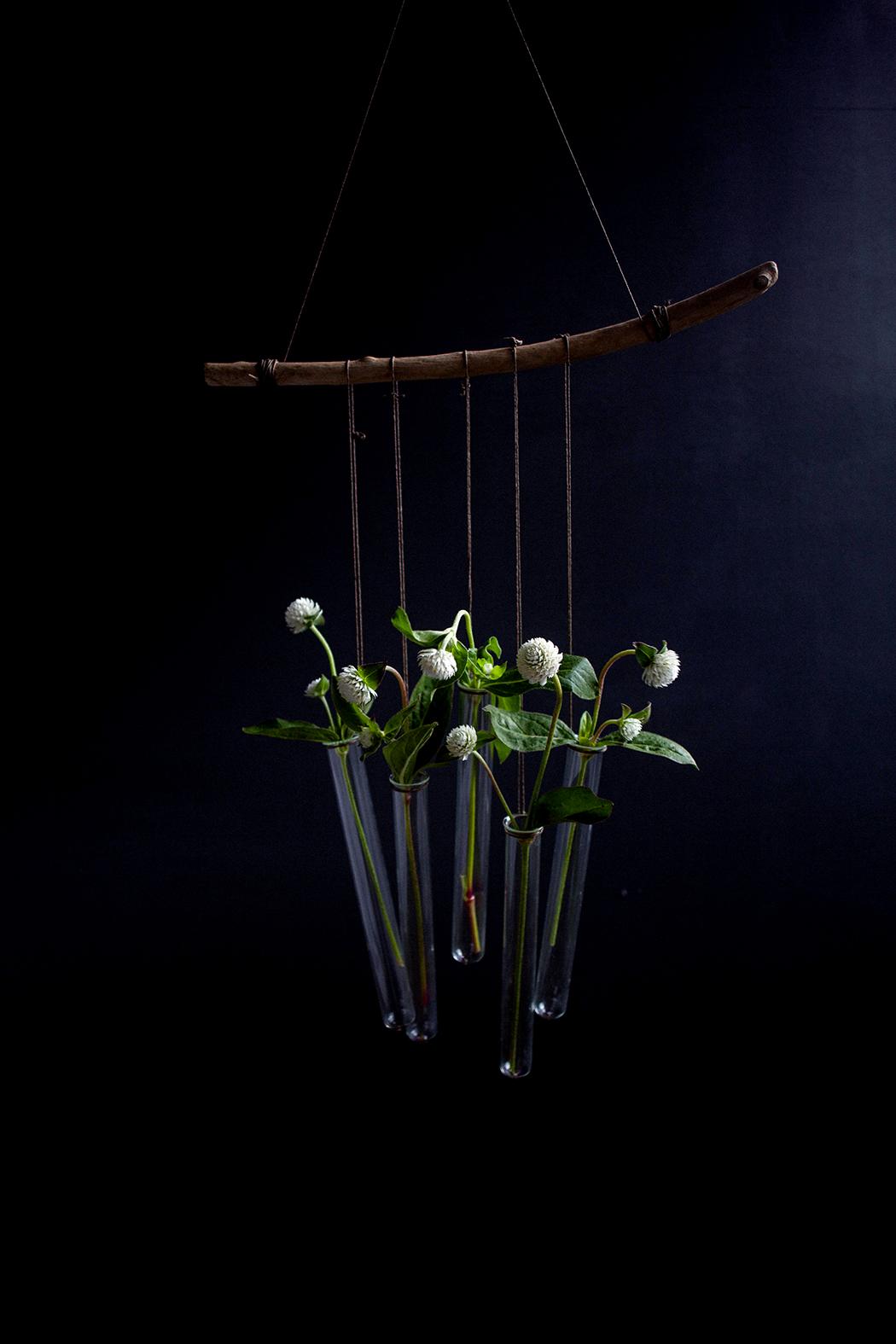 diy concours des vases en tubes essai avec a little. Black Bedroom Furniture Sets. Home Design Ideas